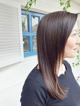 個室型美容室 グリーン(green)艶髪、ほんのりグラデ