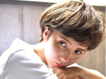 レーヌ(reine)の写真/「あの子と被らないボブ」私らしくフィットした自分に。ワガママだっていい…デザインも価格もゆずれない―