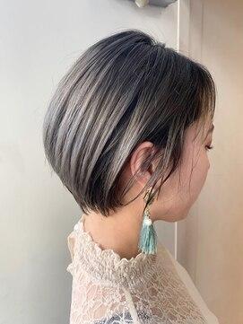 カイル (KAIL)【仙台美容室KAIL】耳かけショート ブリーチオンカラー 前髪なし
