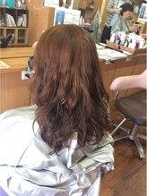 ヘアーアートマーブル(Hair art marble)ゆるふわパーマカラー
