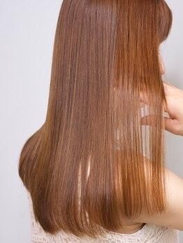 アモン 古船場店(amon Hair care&Design)の写真/髪の「素材美」を引き出す事を1番に考え、その中で「クセ」という1つの悩みを解消致します![made in 小倉]