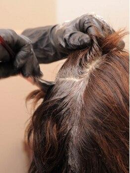 """アオソラ美容室(AOSOLA)の写真/セット施術がお得☆髪へのダメージを最小限に抑え、年齢と共に変化する髪に""""ハリ・コシ""""を与えます♪"""