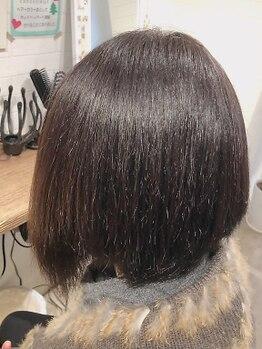 カラーカラー(color×color)の写真/<ご新規様ベーシックカラー¥1100根元染>大人女性必見☆気になる白髪を定期的にケア!プチプラで楽しめる☆