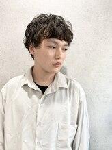 ミクマル(micmal)20代30代/外国人風/メンズパーマ/くせ毛風☆大人カッコイイ