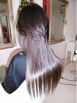 KIRARAでアレンジツーブロックスタイル煌めく艶髪