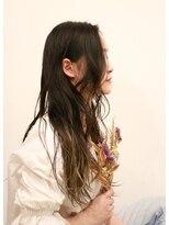 リエル(Liere)ゆるふわミックス巻きヘア