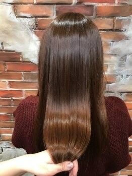 ヘアメイク エンデュー(hair make EnDeux)の写真/ヒト幹細胞培養液入りトリートメントで、うるツヤ髪へ♪真皮の奥まで浸透し頭皮のエイジングケアにも◎