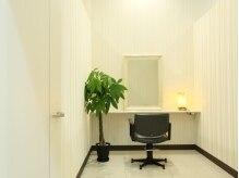 ブルーノ リヴ ゴーシュ(BRUNO Rive Gauche)の雰囲気(プライベート空間の個室完備☆まつエク用の個室もございます♪)
