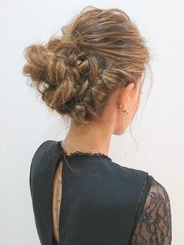 ラチャウ(La.Ciau)の写真/結婚式やイベントのヘアセットはラチャウ♪ルーズアップから和装アップ盛り髪なんでもOK♪早朝料金無し☆