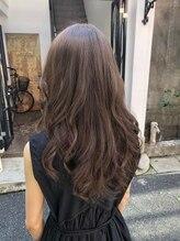 アンプレヴー フォー ヘアー(Impre'vu for hair)ベージュ系軽やかロング