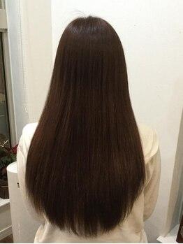 ヘアーディレクションイアス (HAIR DIRECTION eAs)の写真/髪の広がりやパサつきでお悩みの方にオススメ☆アロマの香りで癒されながらダメージケアもできちゃう♪
