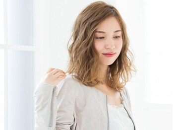 アメリエギャルソン(amelie et garcon)の写真/他のサロンでは満足できなかったあなたにオススメ☆大人カラーが旬な女性らしさを再現!未体験のツヤ髪へ…