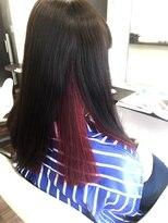 ヴィオレッタ ヘアアンドスペース(VIOLETTA hair&space)インナーカラーセミロング