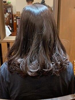 コームオフディーアンドシー(Comb f D&C)の写真/ヨーロッパのオーガニック認証機関をクリアしたヴィラロドラ使用☆髪を綺麗に染めて理想以上のカラーに♪