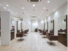 タヤ シァル鶴見店(TAYA)の雰囲気(セットチェアは気持ちの良い座り心地。)