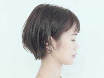 スパイス(spice)の写真/ストレートヘアならではの熱による髪の硬化を最大限に抑え、ふわっと柔らかく自然な仕上がりに導きます♪