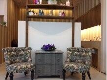 スタイリッシュホームミツコリンク(STYLISH HOME MITSUKO Link)の雰囲気(こだわりの家具が可愛い、自慢のウェイティングプペースです。)