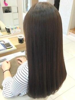 キャパ小田原(CAPA)の写真/気になるクセや広がりに♪CAPAの縮毛矯正《アテンジェシステム》で、自然なストレートでダメージレスに。