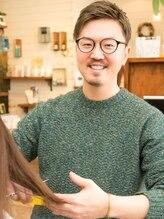 エノワ ヘアラウンジ 浦和駅西口本店(enowa HAIR LOUNGE)田村 タカフミ