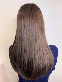 ファブ 銀座(fav)の写真/縮毛矯正専門メーカーの最高級・低ダメージ薬剤を使用!ダメージレス且つ長持ちのするアミノイオン縮毛矯正!