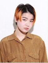 オレンジ×ショートヘア