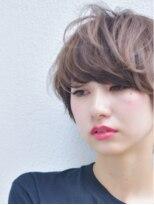 キアラ(Kchiara)大人可愛いナチュラルショート/ハニーヘア