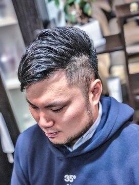 オムヘアーツー (HOMME HAIR 2)#束感ショート #サイドパートモヒカン #2ブロ #Hommehair2nd櫻井