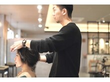日々のお手入れやスタイリングの方法もしっかりアドバイス。次回のご来店まで美しい髪を維持できるように…