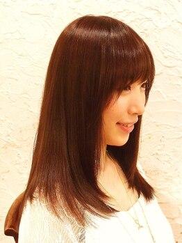 ヘアサロン トゥループ(Hair Salon TROOP)の写真/頑固なくせ毛・うねり毛も、もともと直毛のようなナチュラルな仕上がりに☆東京から通うファンも多数!