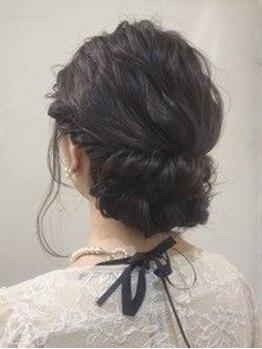 オブヘアー 鷺沼店(Of HAIR)の写真/トレンドを併せた似合わせアップで可愛く、綺麗に。特別な1日のお手伝いをします。早朝対応可。※要問合せ