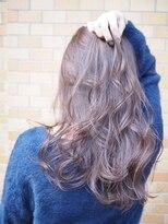 ノエル ヘアー アトリエ(Noele hair atelier)《Noele》大人かわいいグレーパープル×ゆるウェーブ