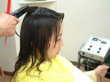 ヘアエステサロン ワイ(Hair Esthe Salon Y)の雰囲気(●左に同じ●毎秒100万回の振動で超音波イオンを髪に導入★)