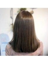 トゥエンティーフォー 和泉店(24)艶めく髪色★アッシュベージュで髪色イメチェン