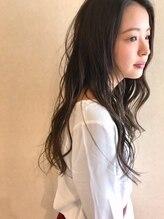 ルテラ(LUTELLA)暗髪×ロング×ウェット
