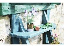 プリモ リコ(Primo.rico)の雰囲気(外の小さなお家は中でエステやフェイシャルができます♪)
