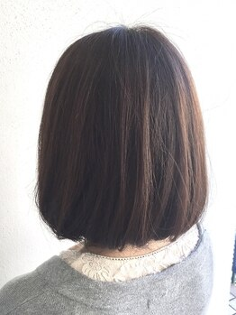 ナンバービー(no.B)の写真/人気の炭酸スパで髪本来の艶&質感に☆頭皮の汚れをオフして憧れのサラ艶スタイルを実現します☆