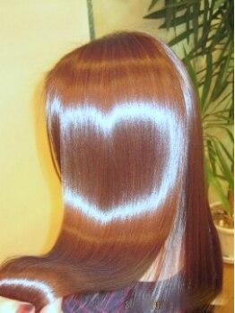 アメリ(Amelie)の写真/☆人気のハホニコTR☆極上のツヤ髪へ☆憧れのエンジェルリングを手に入れよう♪ぷるんっと質感の潤い美髪♪