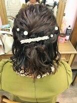ヘアセットサロン アトリエ チャイ(Hair set salon atelier CHAI)なみウェーブハーフアップ