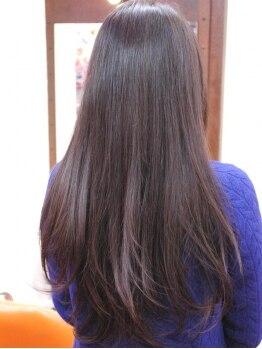 チェンバーズ(CHAMBERs)の写真/これからの梅雨の季節!ずっと悩んでいた髪の毛のクセやうねりは「CHAMBERs」で理想のストレートヘアに★