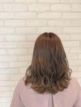 ビス ヘア アンド ビューティー 西新井店(Vis Hair&Beauty)大人かわいい/ナチュラル/アッシュ/ベージュ/ミルクティー/小顔