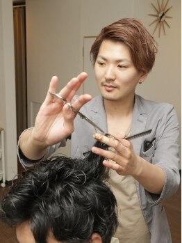 サクラ 枚方店 (SAKURA)の写真/フォルムを意識した、質感カットが大人気♪『扱いやすさ』をとことん重視し、朝のセット時間を短縮☆