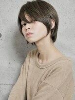 ペタンコさん必見【neolive caff】美シルエットのショートヘア