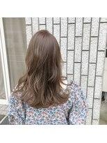 アルマヘアー(Alma hair by murasaki)シアベージュのレイヤースタイル
