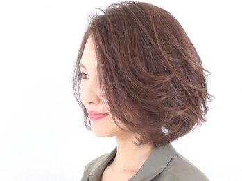 グランウェイ(GRUNWAY)の写真/【カラーリスト在籍!!】大人女性が気になる髪の様々なお悩みを解決!プロの技でキレイをサポートします。