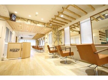 エイト新宿店(EIGHT shinjuku)の写真
