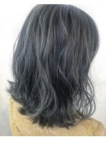 ヴィークス ヘア(vicus hair)ロブ×ハイライト by 井上瑛絵