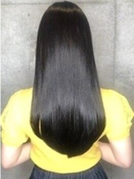 フロウ 新丸子店(FLOW)の写真/サロン独自のこだわりトリートメントをご用意♪1人ひとりのダメージに合わせたヘアケアで髪質改善が叶う★