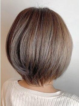 フレア ヘア サロン(FLEAR hair salon)の写真/【月曜OPEN/堺東駅徒歩3分】《カット+オーガニックカラー¥6480》が大人気★ダメージレスで輝くツヤ髪に