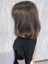 ヘアイノベーションヴィラ (Hair innovation Villa)トレンドカラー【カーキベージュ】優しく揺れる柔らか質感☆