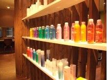 ガーデン(Garden hair salon)の雰囲気(アロマシャンプー・オーガニック製品も豊富に揃ってます♪)